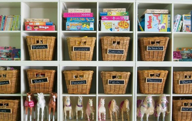 Label-the-baskets-for-a-better-organization